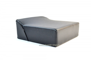Rear seat cushion with rest, midnight blue