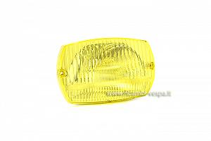 Complete headlight unit with yellow lens
