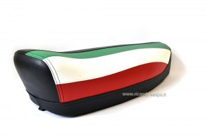 Complete black seat with ITALIAN flag for Vespa 50/90/125 Special-Primavera-ET3