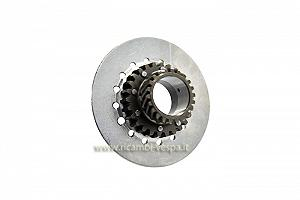 Clutch assembly gear
