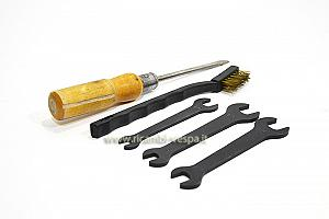 Repair and maintenance tools kit