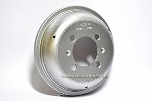 Rear wheel drum